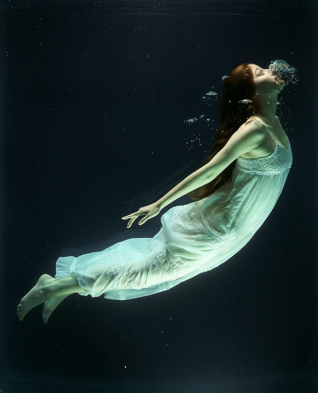 under-water-1819586_1280